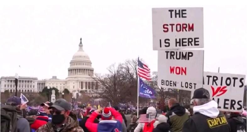 Løgnen om præsidentvalget. Fra BBC News video af Angélica M Casas og Chelsea Bailey